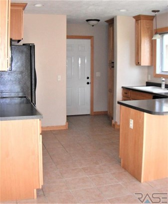 Two Story, Town Home - Brandon, SD (photo 3)