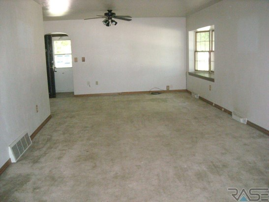 Ranch, Single Family - Baltic, SD (photo 4)