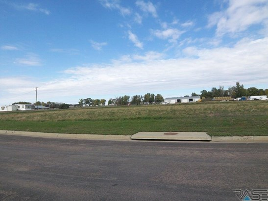 General Comm Land - Hartford, SD (photo 1)