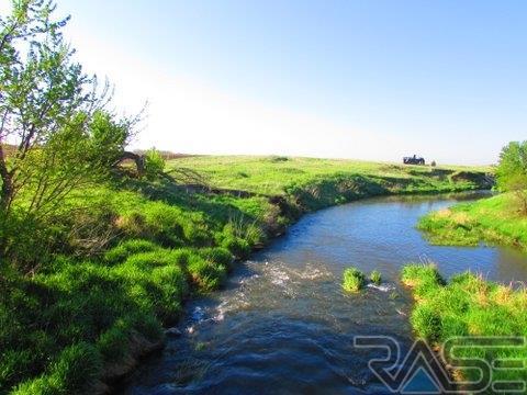Resi Over 1 acre - Garretson, SD (photo 4)