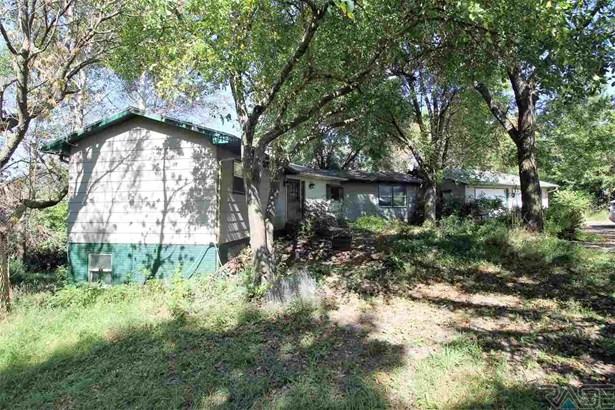 Ranch, Single Family - Valley Springs, SD