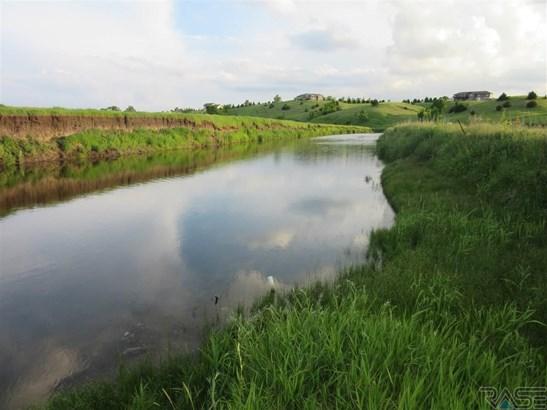 Lake Lot Land - Canistota, SD (photo 1)
