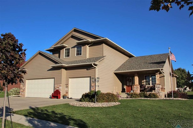 Two Story, Single Family - Dell Rapids, SD (photo 1)