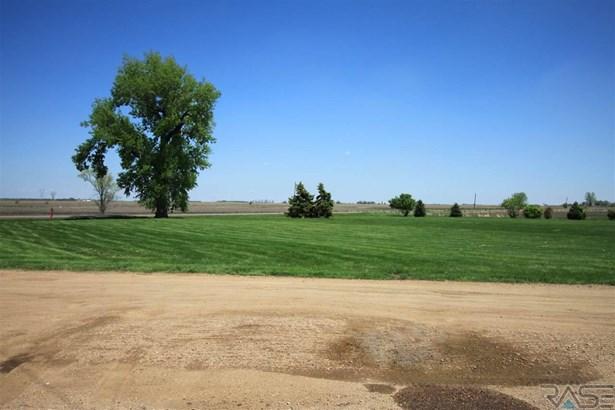 Ranch, Single Family - Hurley, SD (photo 2)