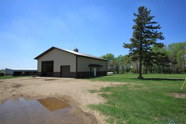 Ranch, Single Family - Hurley, SD (photo 5)