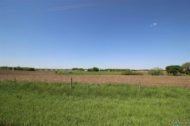 Resi Over 1 acre - Sioux Falls, SD (photo 2)