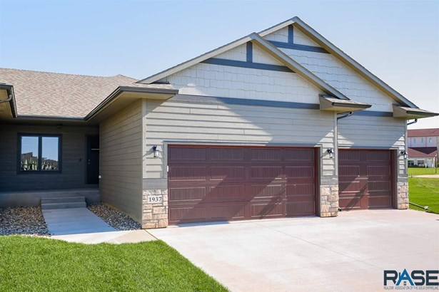 Ranch, Twin Home - Sioux Falls, SD