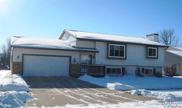 Split Foyer, Single Family - Sioux Falls, SD (photo 1)