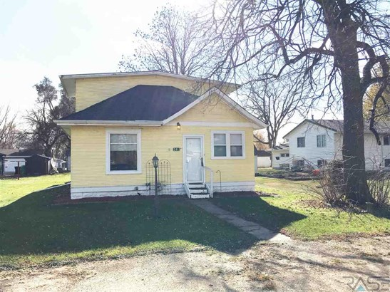 1.5 Story, Single Family - Worthing, SD (photo 1)