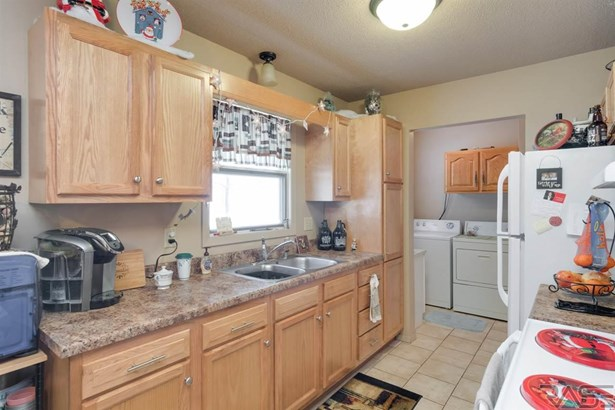 Ranch, Single Family - Renner, SD (photo 5)