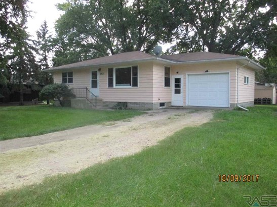 Ranch, Single Family - Sioux Falls, SD (photo 1)
