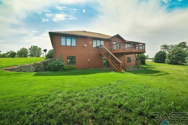 Ranch, Single Family - Madison, SD (photo 3)