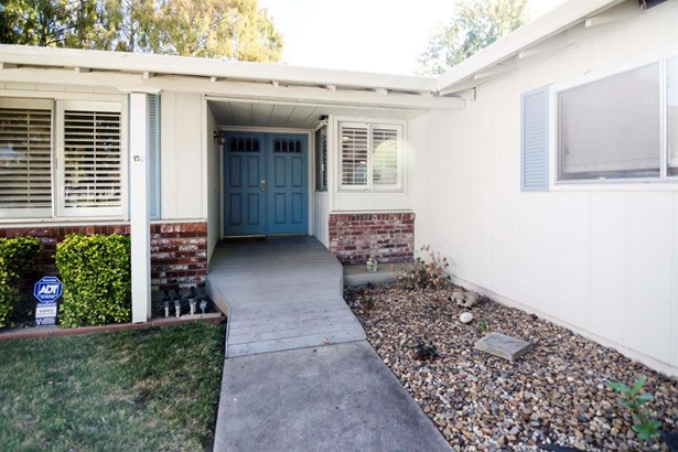 7610 Richland Way, Stockton, CA - USA (photo 3)
