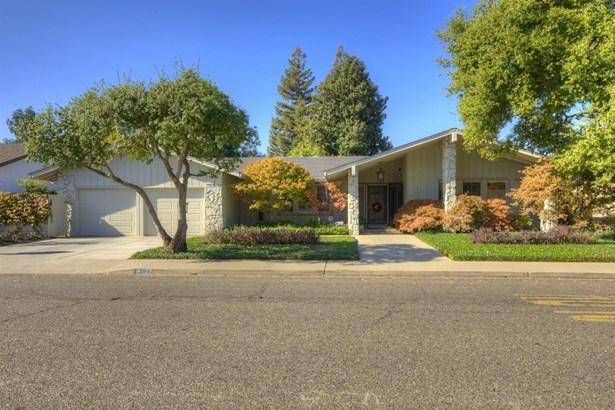 1117 Eastridge Dr, Modesto, CA - USA (photo 2)