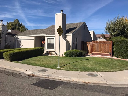 1013 Westmont Ct, Modesto, CA - USA (photo 1)