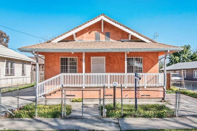 721 E Anderson St, Stockton, CA - USA (photo 1)