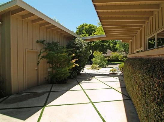 950 Wellesley Ave, Modesto, CA - USA (photo 4)