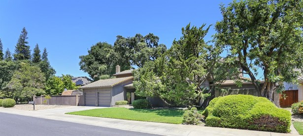 233 Royal Oaks Ct, Lodi, CA - USA (photo 2)