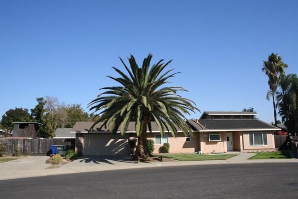 2305 Ridgeway Ct, Ceres, CA - USA (photo 5)