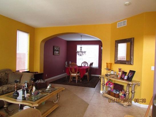 2246 Villa Ct, Los Banos, CA - USA (photo 5)