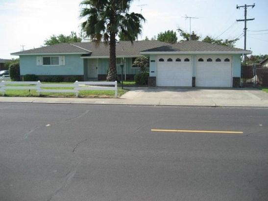 1112 E North St, Manteca, CA - USA (photo 1)