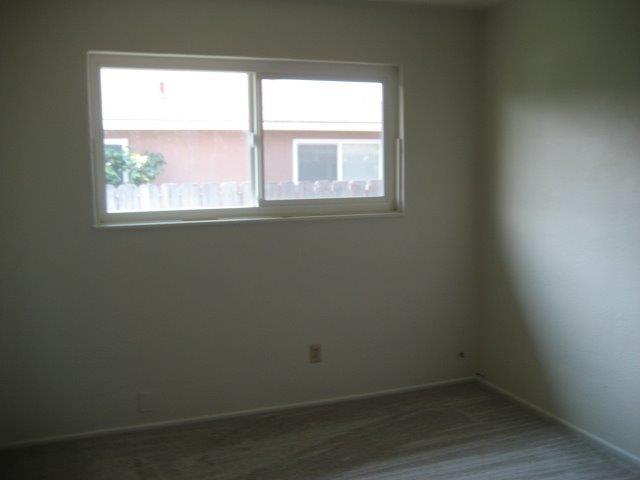 1112 E North St, Manteca, CA - USA (photo 5)