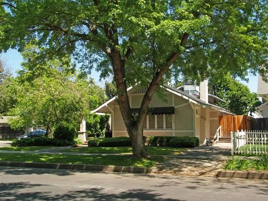 130 Elmwood Ave, Modesto, CA - USA (photo 2)