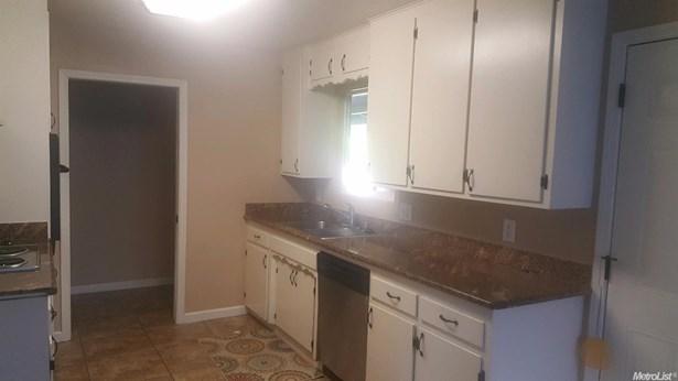 2265 Zinfandel Ln, Turlock, CA - USA (photo 5)