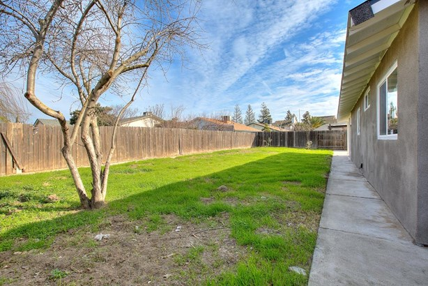 503 Bella Ct, Lathrop, CA - USA (photo 4)