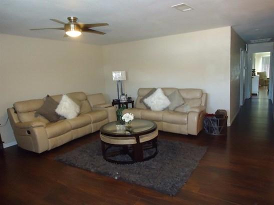 2801 5th St, Hughson, CA - USA (photo 3)