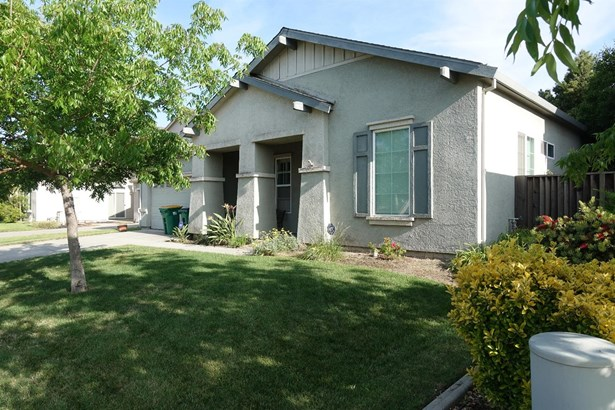 1162 Cypress Run Dr, Stockton, CA - USA (photo 2)