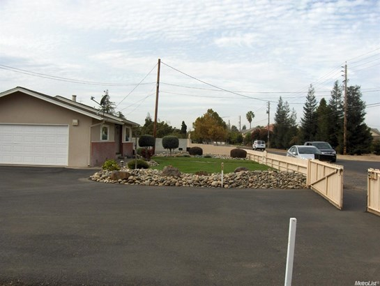 3212 Merle Ave, Modesto, CA - USA (photo 3)