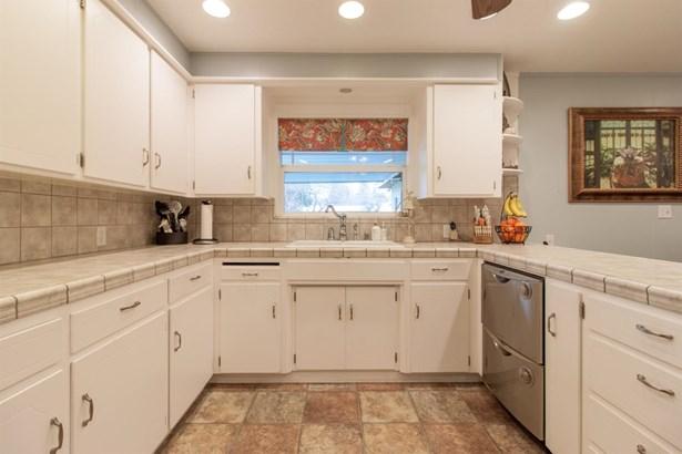 513 Greenwich Ln, Modesto, CA - USA (photo 4)