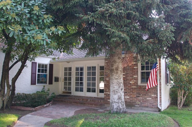 121 S Orange Ave, Lodi, CA - USA (photo 1)