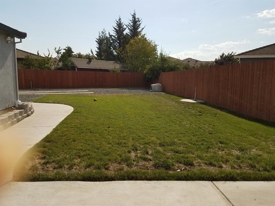 2551 Stern Pl, Stockton, CA - USA (photo 4)