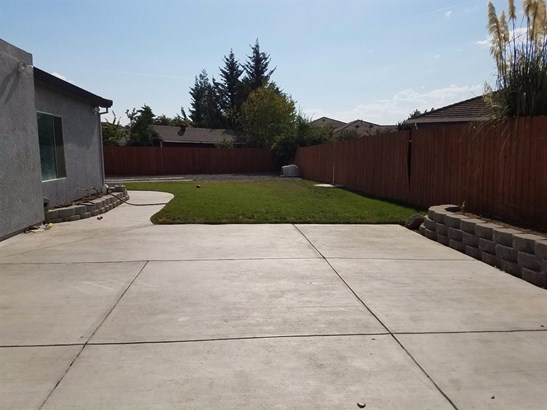 2551 Stern Pl, Stockton, CA - USA (photo 5)