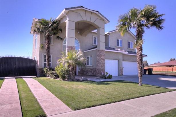 1005 N Canyon Dr, Modesto, CA - USA (photo 2)