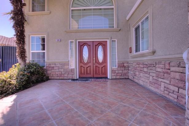 1005 N Canyon Dr, Modesto, CA - USA (photo 3)