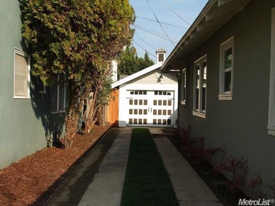 207 W Morris Ave, Modesto, CA - USA (photo 3)