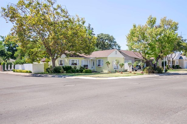 1702 Roselawn Ave, Stockton, CA - USA (photo 2)