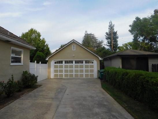 1020 S Pleasant Ave, Lodi, CA - USA (photo 4)