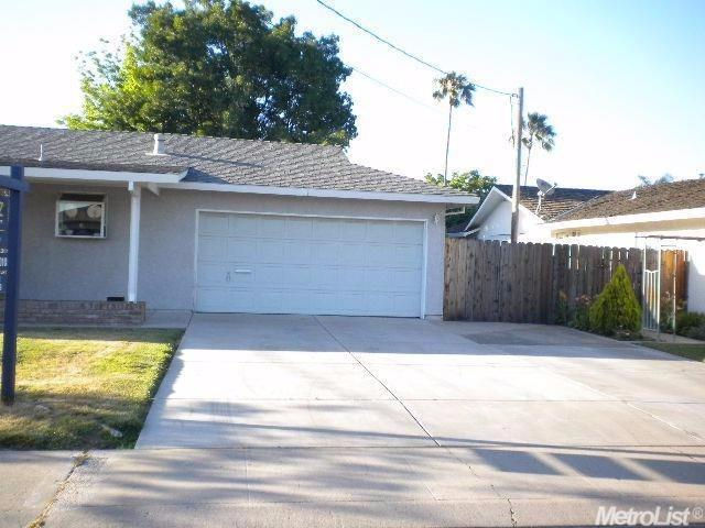 2413 Henry Ave, Ceres, CA - USA (photo 2)