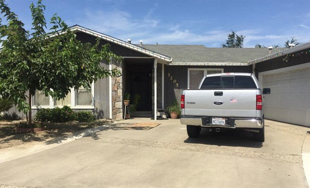 3205 Rose Ave, Ceres, CA - USA (photo 2)