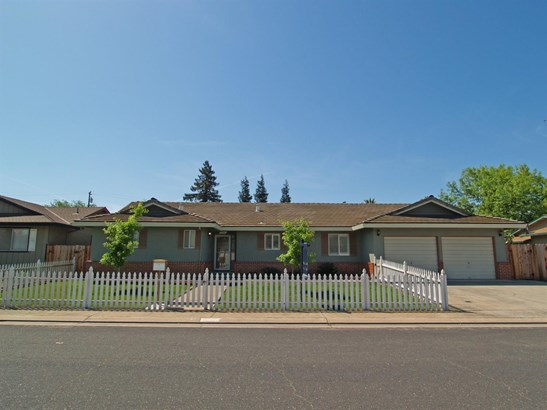 2261 Jordanollo St, Escalon, CA - USA (photo 1)