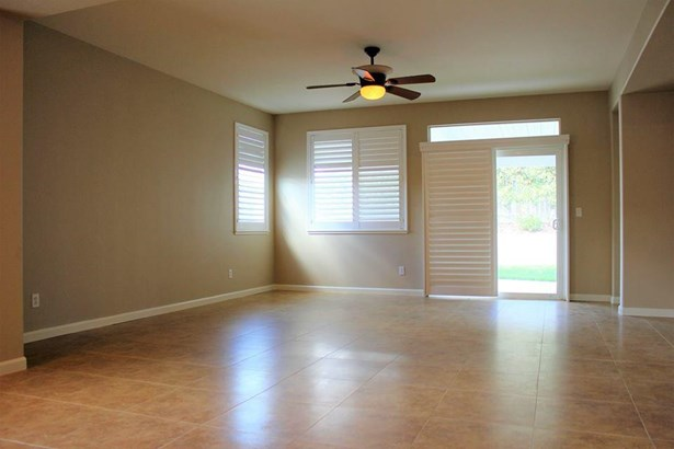 13205 Rivercrest Dr, Waterford, CA - USA (photo 4)