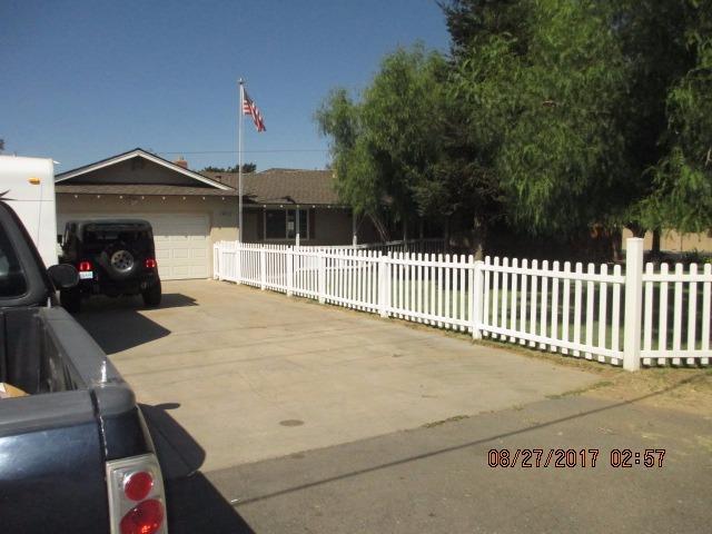 1401 E Linwood Ave, Turlock, CA - USA (photo 2)