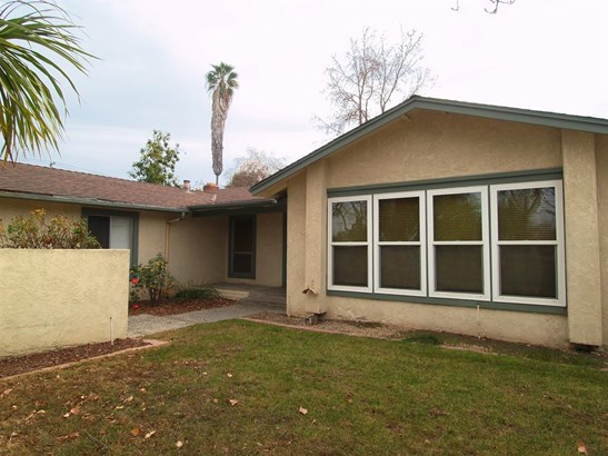 3304 Montclair Ct, Modesto, CA - USA (photo 5)