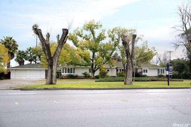 1066 N Johnson Rd, Turlock, CA - USA (photo 1)