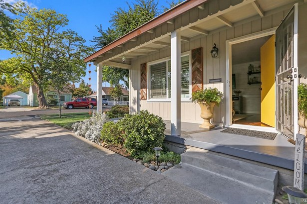 335 Eureka Ave, Lodi, CA - USA (photo 4)