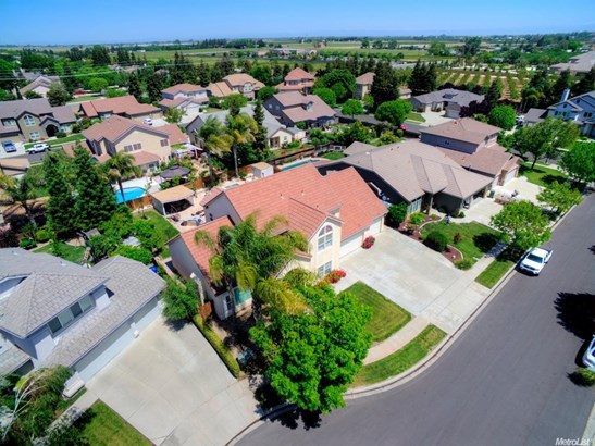 1871 Montreux Way, Turlock, CA - USA (photo 3)